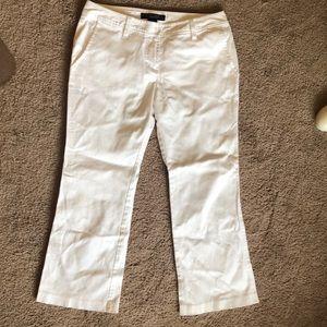 White capris size 7 rampage